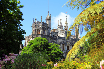 What to do in Sintra? Don't Miss these Quirky Essentials.